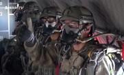 Özel Kuvvetler'in (Bordobereliler) Paraşüt Atlayışı